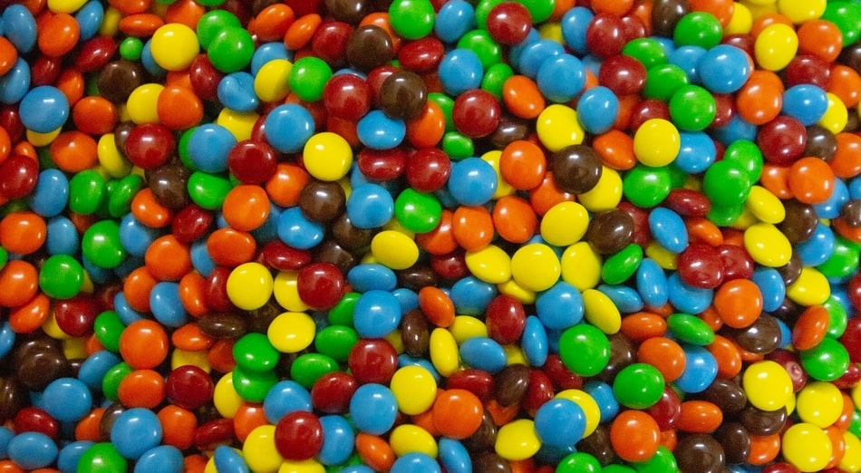 Worst Halloween candy for your teeth